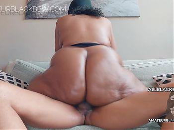ANONYMOUS BIG BUTT BLACK GRANNY