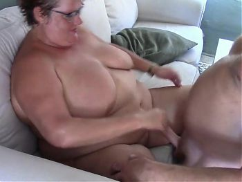 50YO MATURE GRANNY WIFE FUCKED WITH CUMSHOT ON HER BELLY