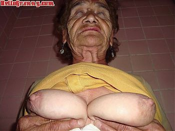 HelloGrannY Amateur Matures and Latinas Slideshow