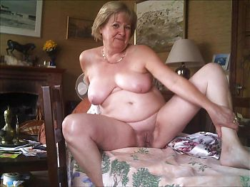 0023 Nude Cunts of Grannies and Milfs